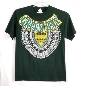 Other - Green Bay Men's T Shirt Med Indian Design Graphic